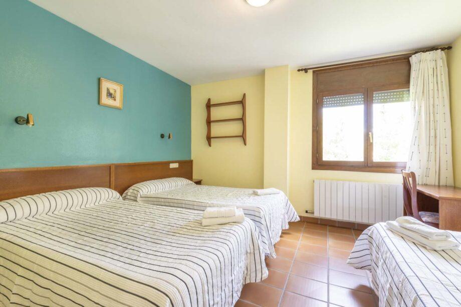 apartamento-102-3-habitaciones-dobles-6-pax-1-cama-supletoria_05