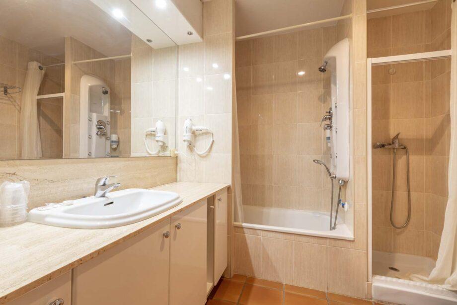 apartamento-102-3-habitaciones-dobles-6-pax-1-cama-supletoria_06