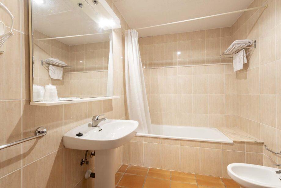 apartamento-103-1-habitacion-doble-2-pax-1-cama-supletoria__07