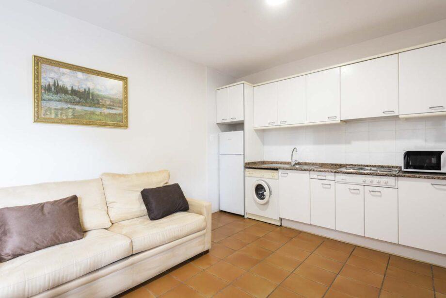 apartamento-203-2-habitaciones-dobles-1-sofa-cama_02