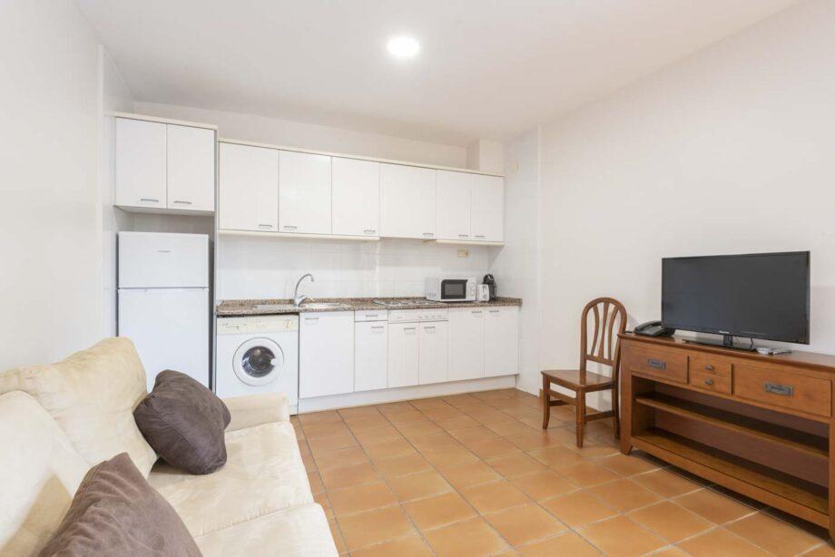 apartamento-203-2-habitaciones-dobles-1-sofa-cama_03