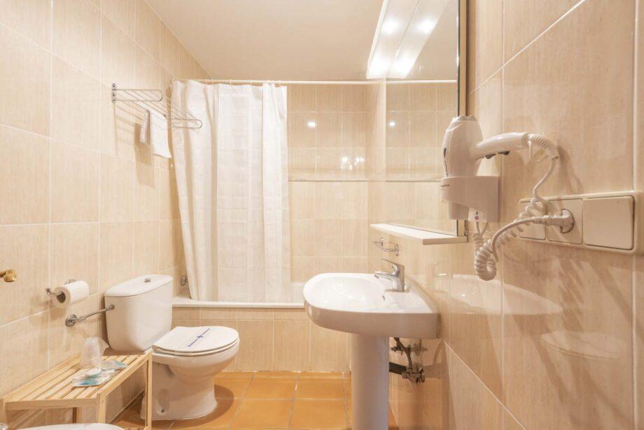apartamento-203-2-habitaciones-dobles-1-sofa-cama_09