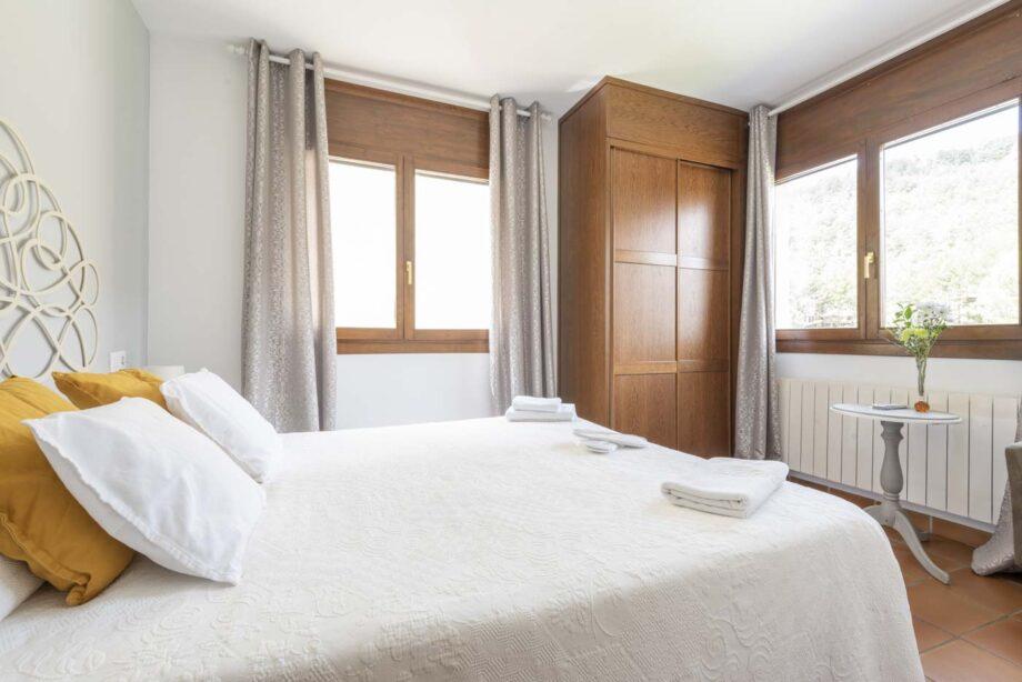 mini-suite-204-1-habitacion-doble-2-pax-1-cama-supletoria_02