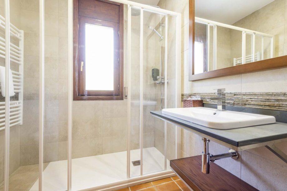mini-suite-204-1-habitacion-doble-2-pax-1-cama-supletoria_03