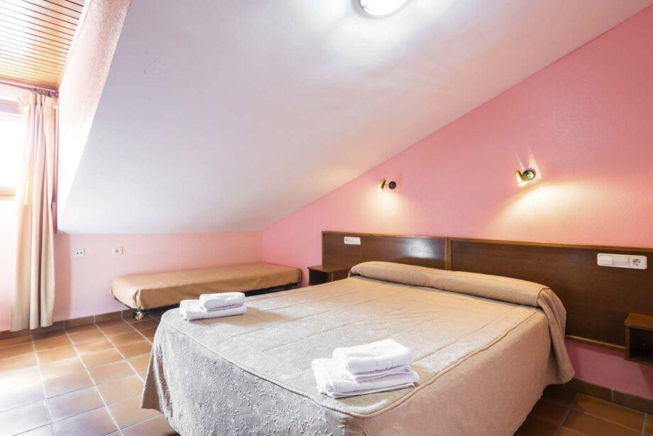 partamento-202-1-habitacion-triple-1-habitacion-doble-5-pax-1-cama-supletoria_07